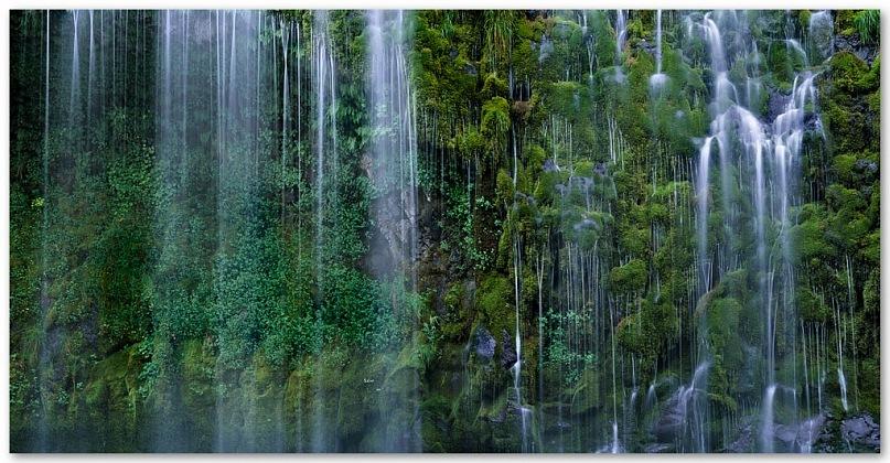 Магия природы — падение воды…