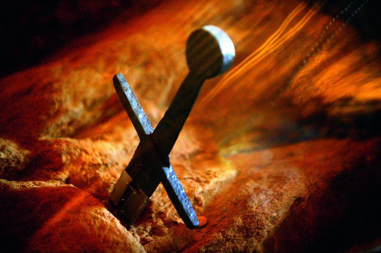 меч воткнутый в землю картинки еще, подготовили эротические