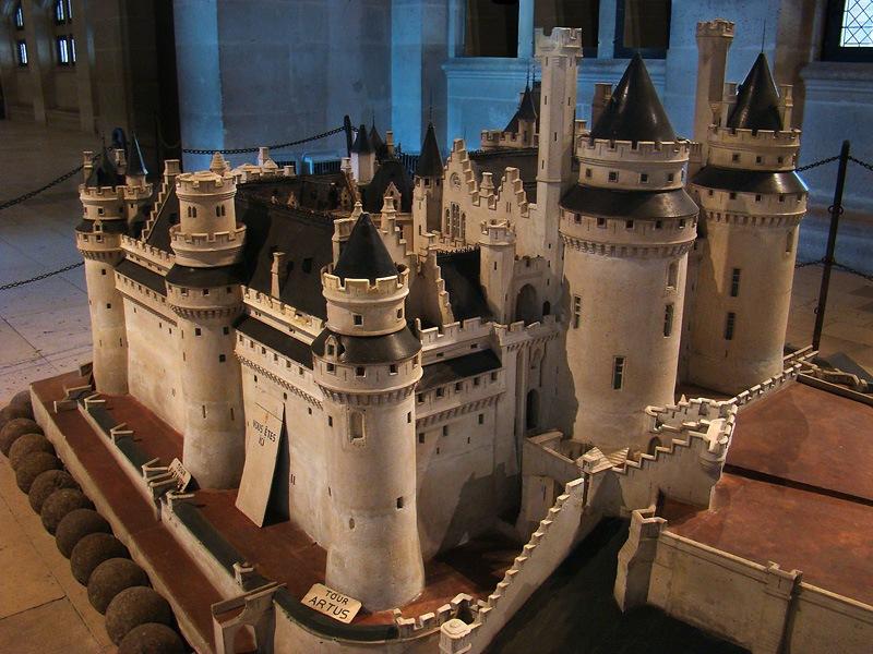 замки и крепости фото схемы полностью